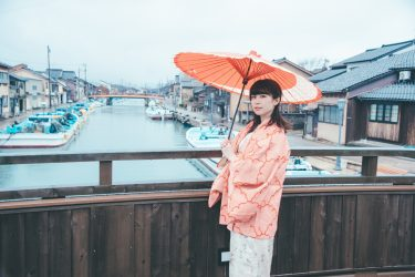 富山県射水市の新湊内川ぞいで着物ポートレート