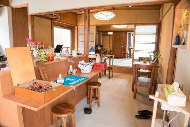 金沢市暁町に7月1日オープンのカフェ・めてみみ様の外観および内観撮影、メニュー撮影をさせていただきました。